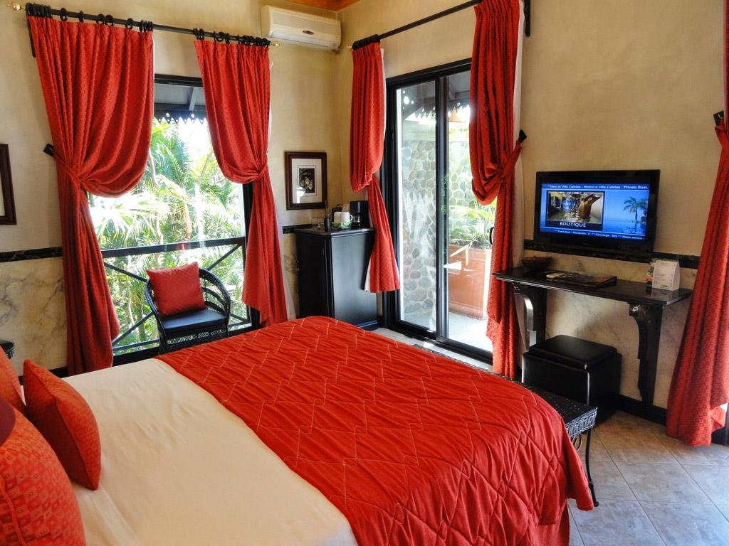 standard room at Villa Caletas