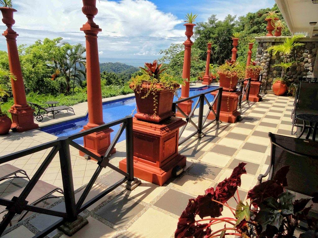 private pool for the Junior suite superior at Villa Caletas