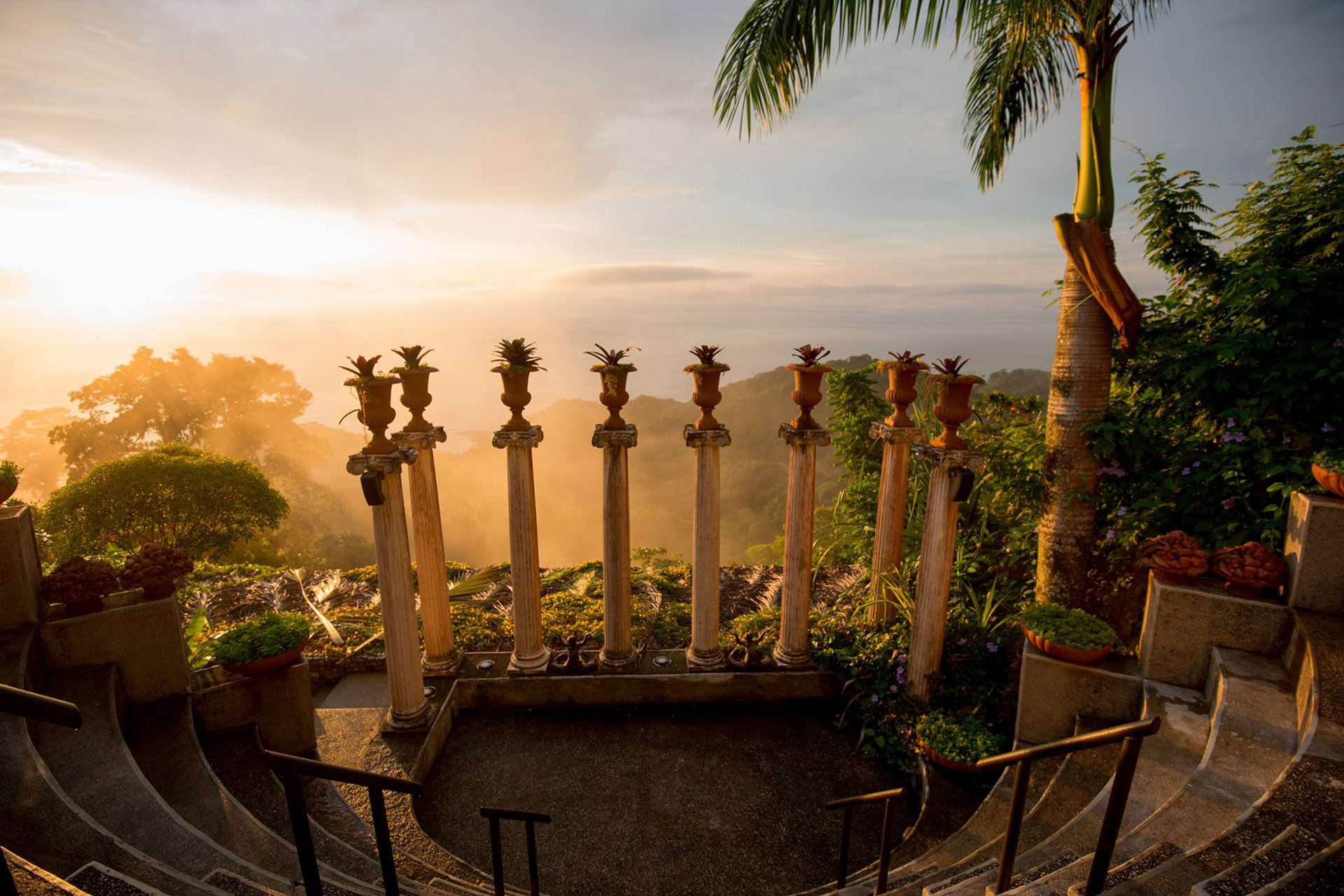 sunset over the pacific ocean at hotel villa caletas